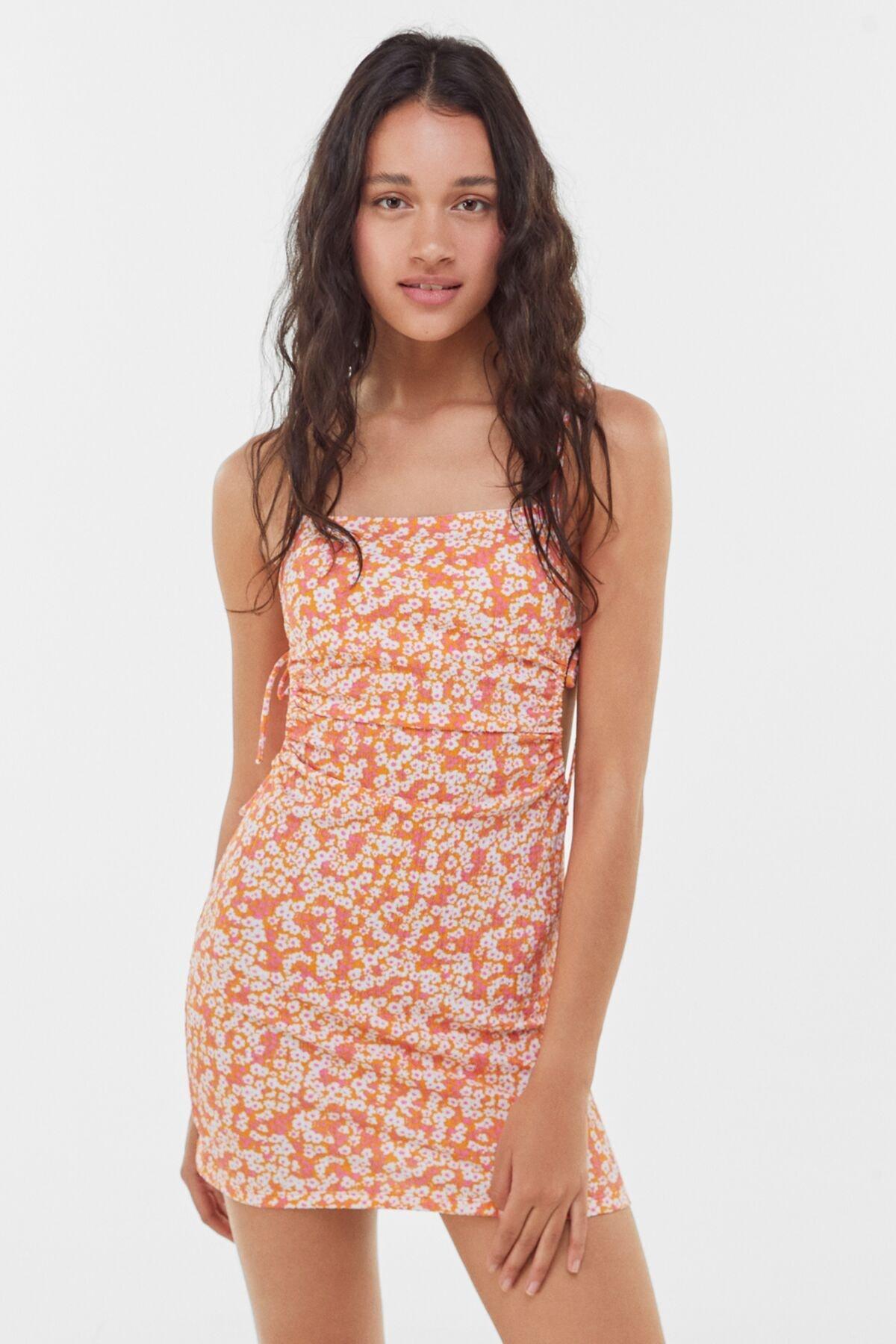 Bershka Kadın Turuncu Çiçekli Kısa Elbise
