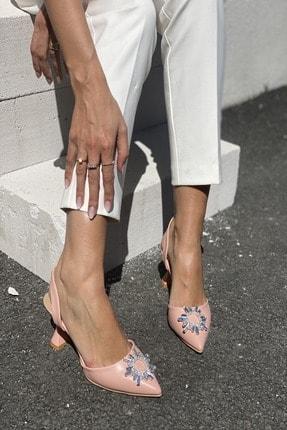 İnan Ayakkabı Kadın Pudra Sivri Burun Arka Bant Taş Detaylı Topuklu Ayakkabı