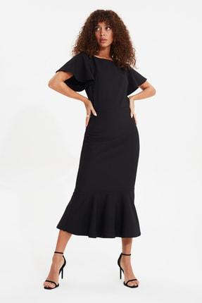 TRENDYOLMİLLA Siyah Volanlı Midi Elbise TWOSS20EL1342