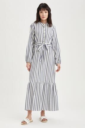 DeFacto Kadın Lacivert Çizgili Volan Detaylı Relax Fit Kuşaklı Uzun Elbise