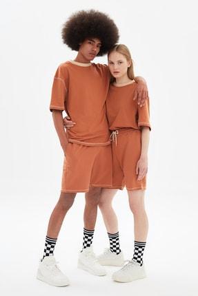 TRENDYOL MAN Camel Unisex Oversize T-Shirt TMNSS21TS3382