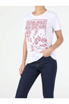 Colin's Kadın Beyaz Kısa Kol Tişört