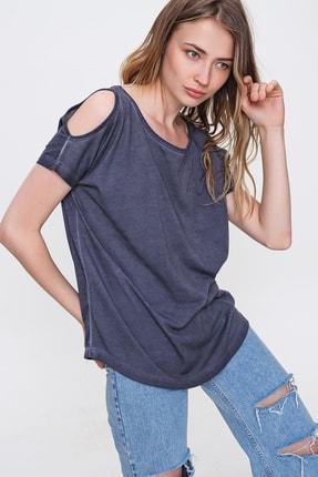 Trend Alaçatı Stili Kadın Lacivert Omuz Dekolteli Kayık Yaka Yıkamalı Bluz MDA-1165
