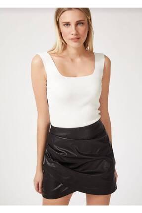 TrendNera Kadın Beyaz Kalın Askılı Kare Yaka Crop Bluz