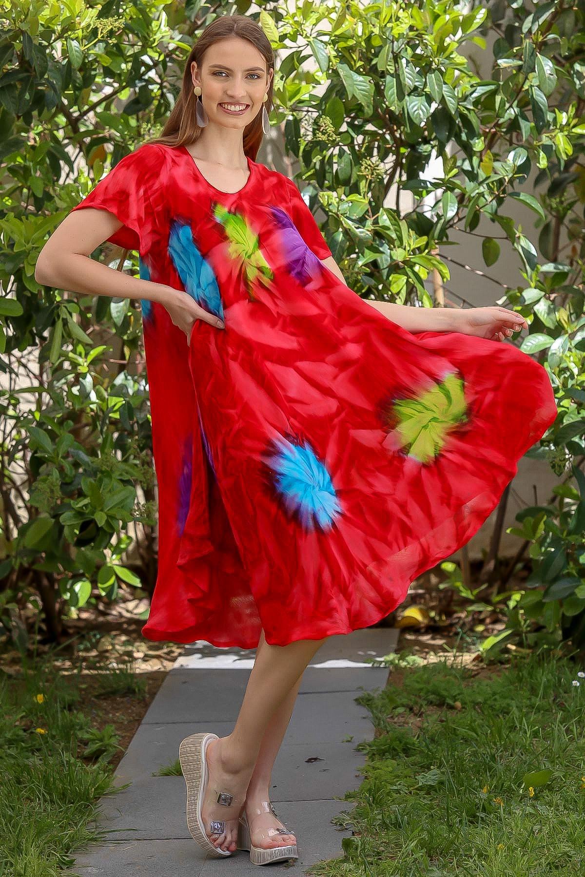 Chiccy Kadın Kırmızı Kısa Kollu Çiçek Desenli Batik Salaş Elbise M10160000EL94903