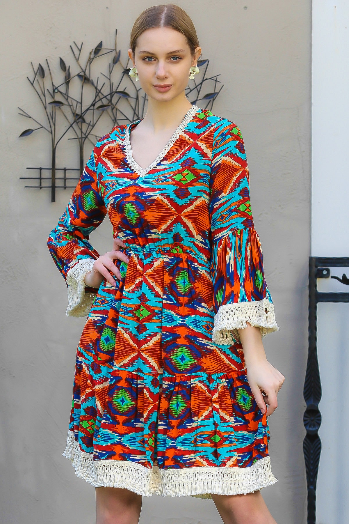 Chiccy Kadın Kiremit V Yaka Tribal Desenli Dantelli Dokuma Mini Elbise M10160000EL95007