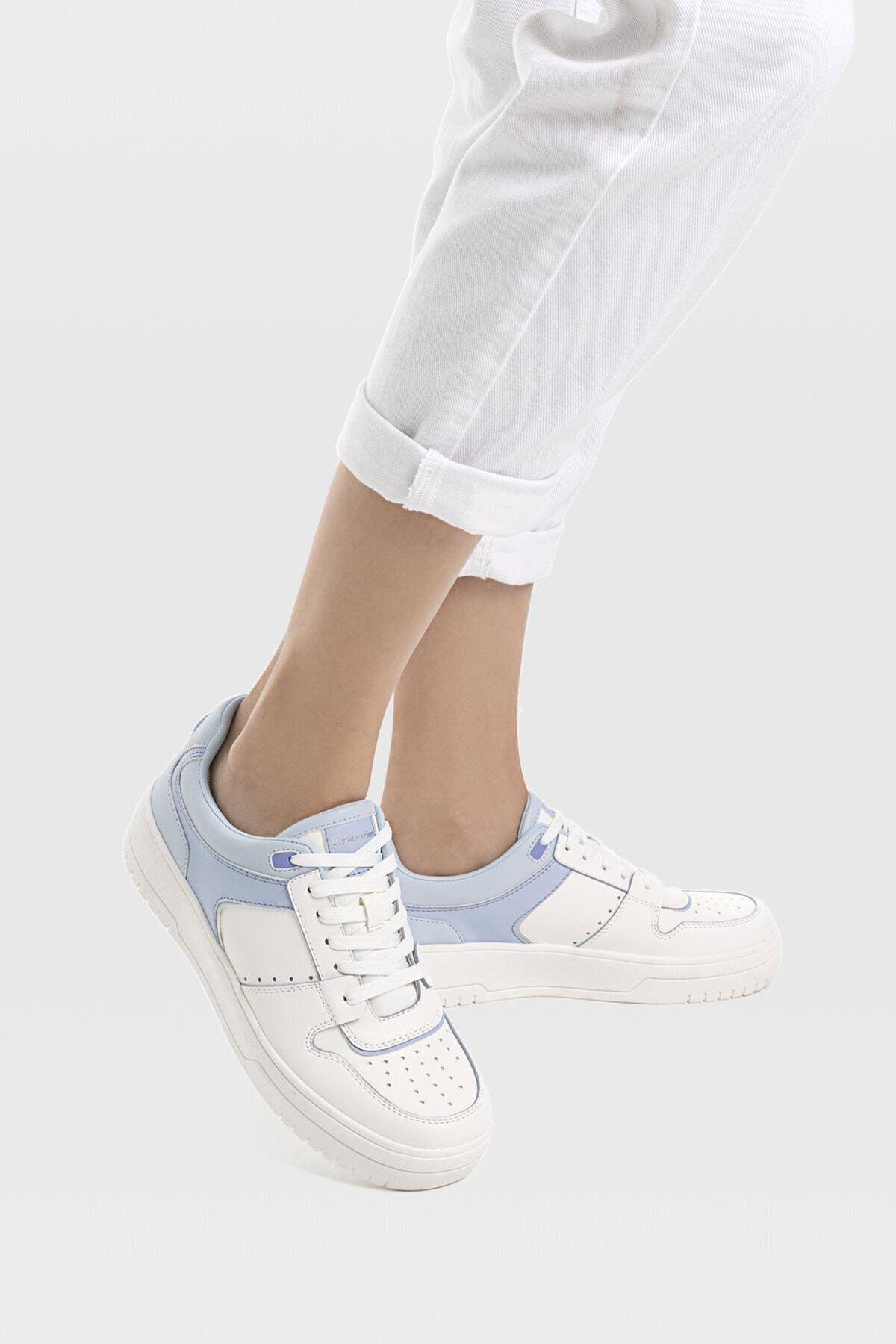 Stradivarius Kadın Mavi Şeritli Spor Ayakkabı 19015770 1