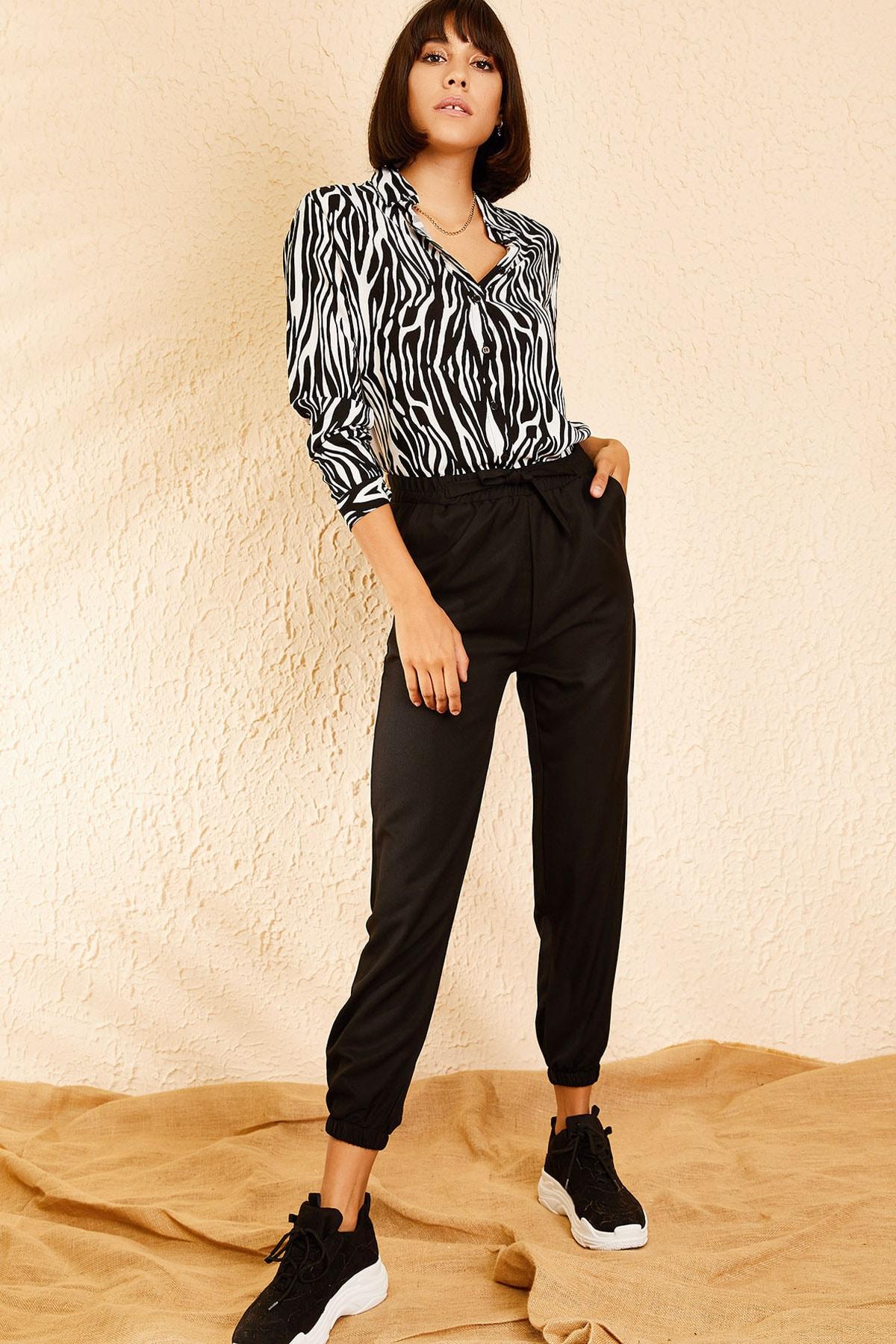 Bianco Lucci Kadın Siyah Beli ve Paçası Lastikli Mevsimlik Rahat Pantolon 10111026 1