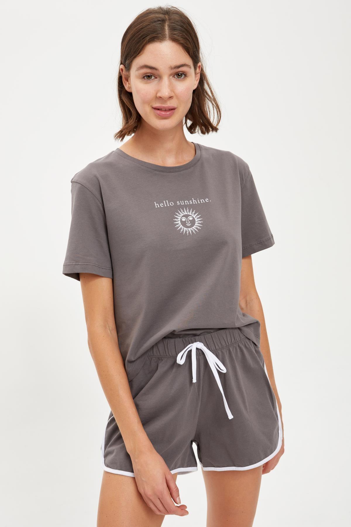 DeFacto Fit Kadın D.Grey Güneş Baskılı Sporcu Crop Tişört S2604AZ20AU
