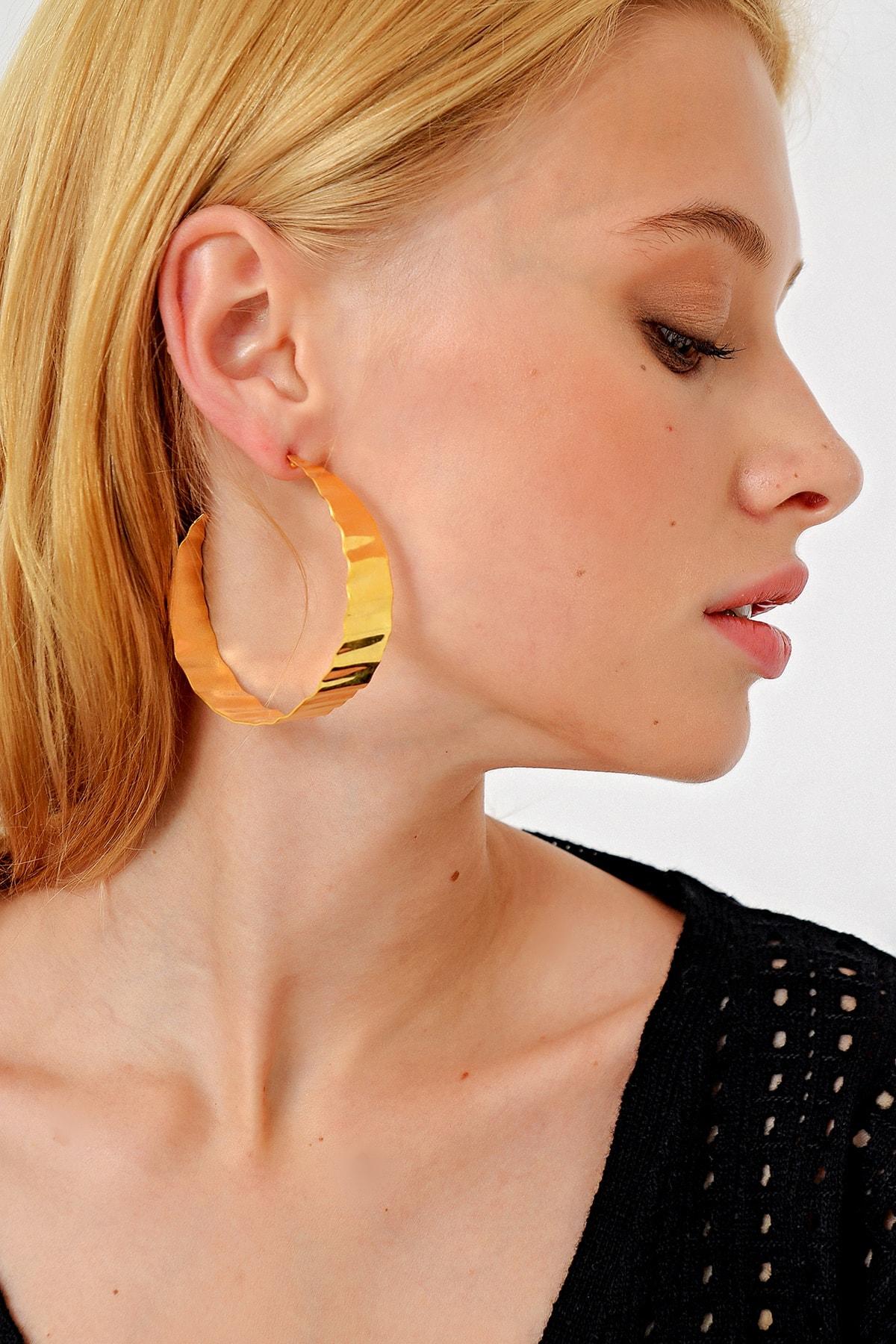 Trend Alaçatı Stili Kadın Gold Halka Küpe ALC-A1986 1
