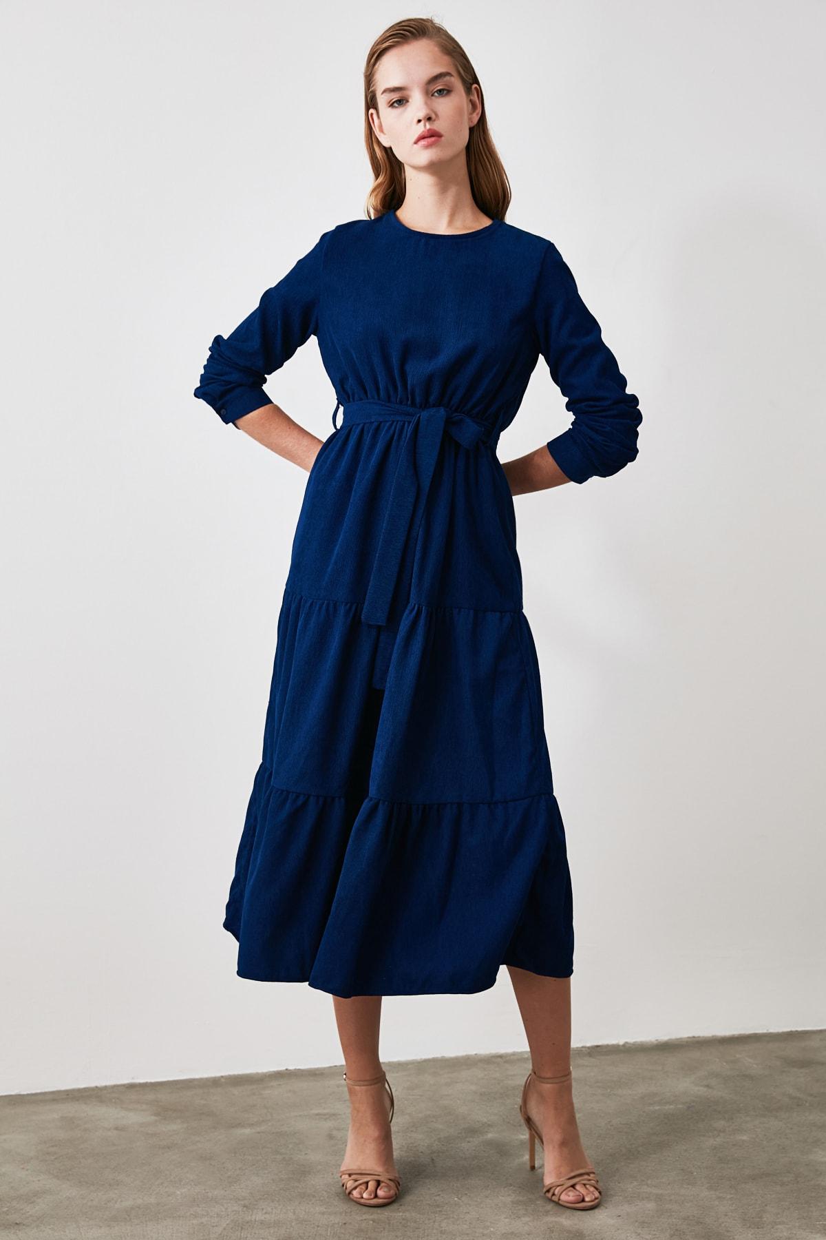 TRENDYOLMİLLA Indigo Kuşaklı Kadife Büzgülü Elbise TWOAW20EL2133 2