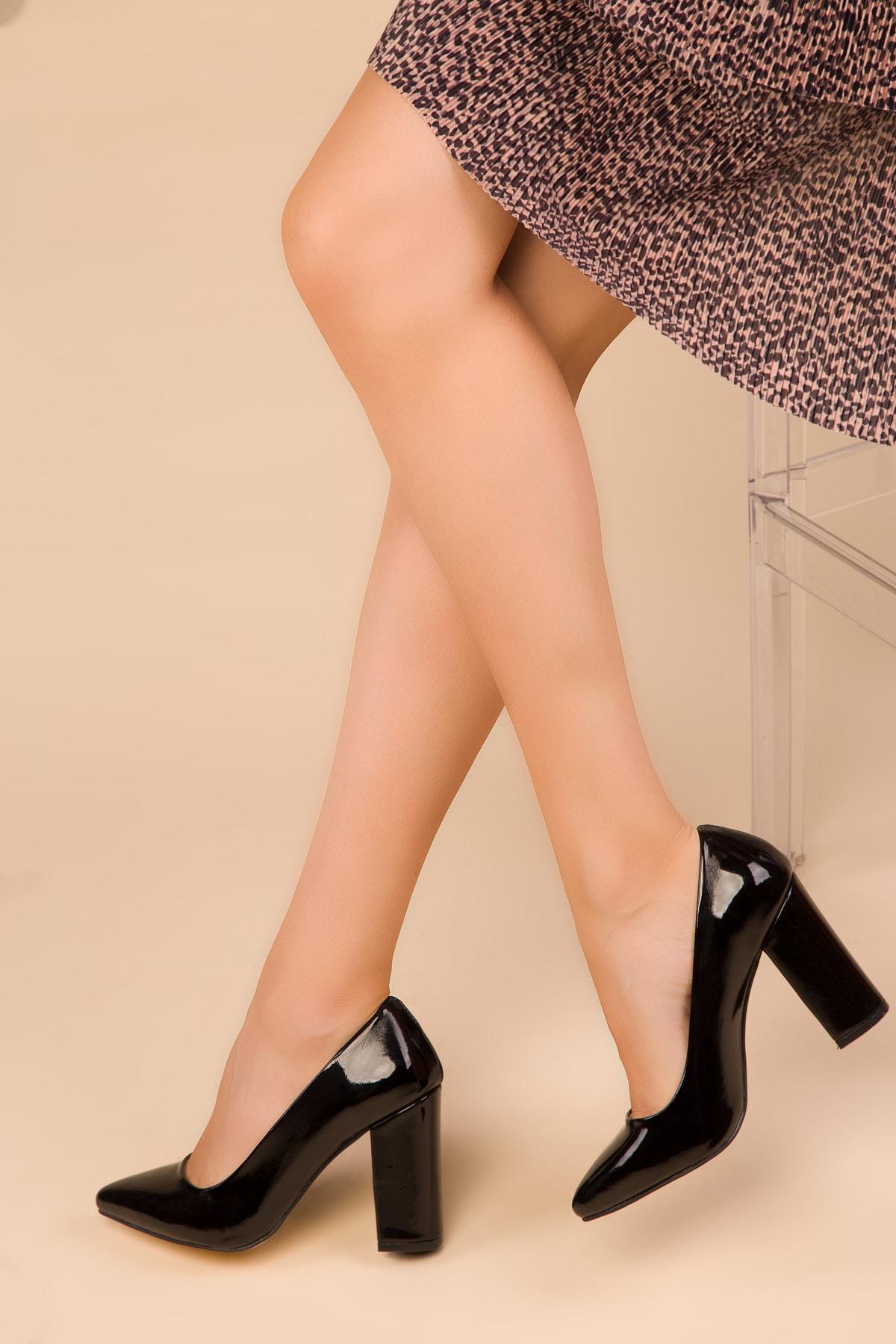 SOHO Siyah Rugan Kadın Klasik Topuklu Ayakkabı 15313 1