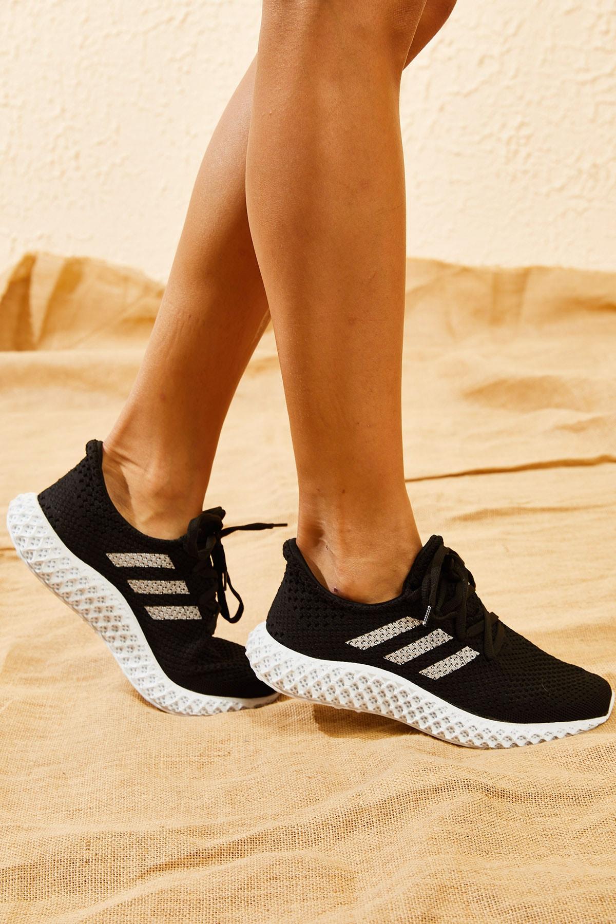Bianco Lucci Kadın Siyah Rahat Triko Örme Ayakkabı AYKB001