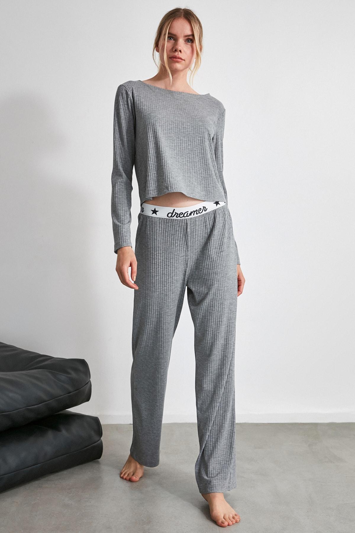 TRENDYOLMİLLA Gri Lastik Detaylı Örme Pijama Takımı THMAW21PT0269 2