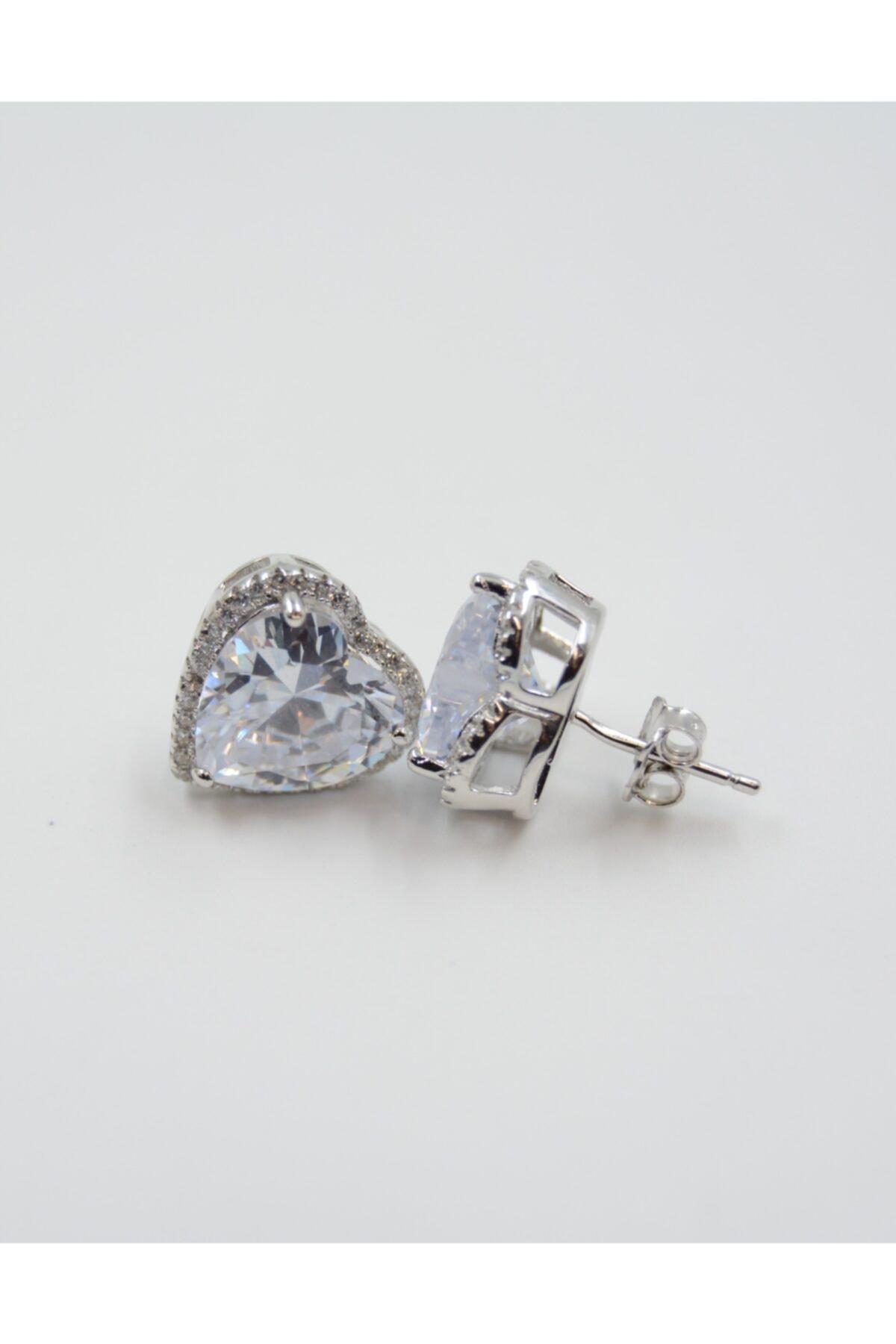 Swaroski Kalp Desenli Beyaz Zirkon Taşlı 925 Ayar Gümüş Kadın Küpe 2