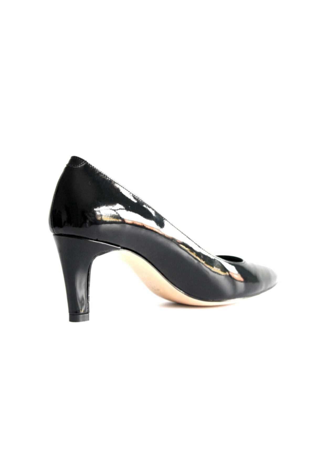 Beta Kadın Siyah Rugan Deri Ayakkabı 2
