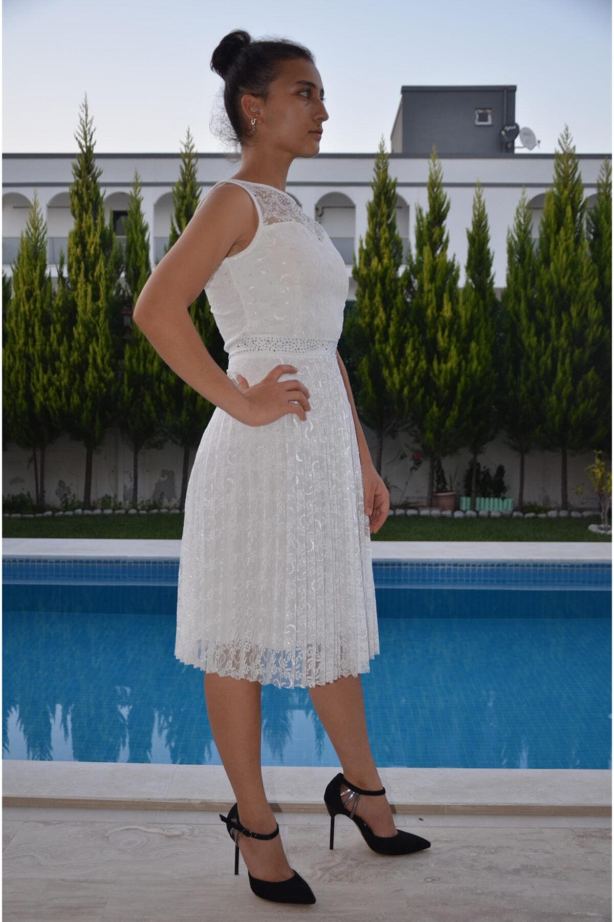 zeynep Kadın Beyaz Dantel ve Taş Detaylı Piliseli Elbise 2