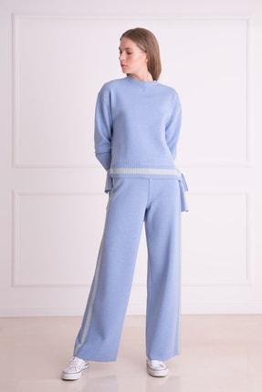 xGIZIA Kadın Mavi Şerit Detaylı Bol Paça Triko Pantolon