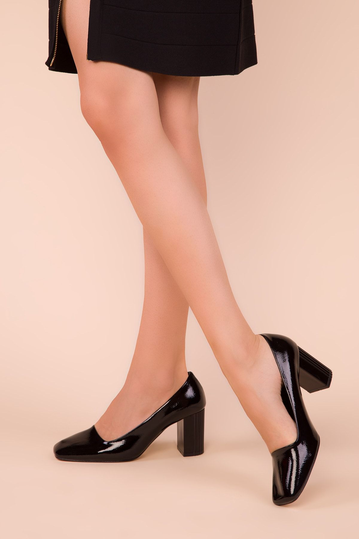 SOHO Siyah Mat Rugan Kadın Klasik Topuklu Ayakkabı 15346 1