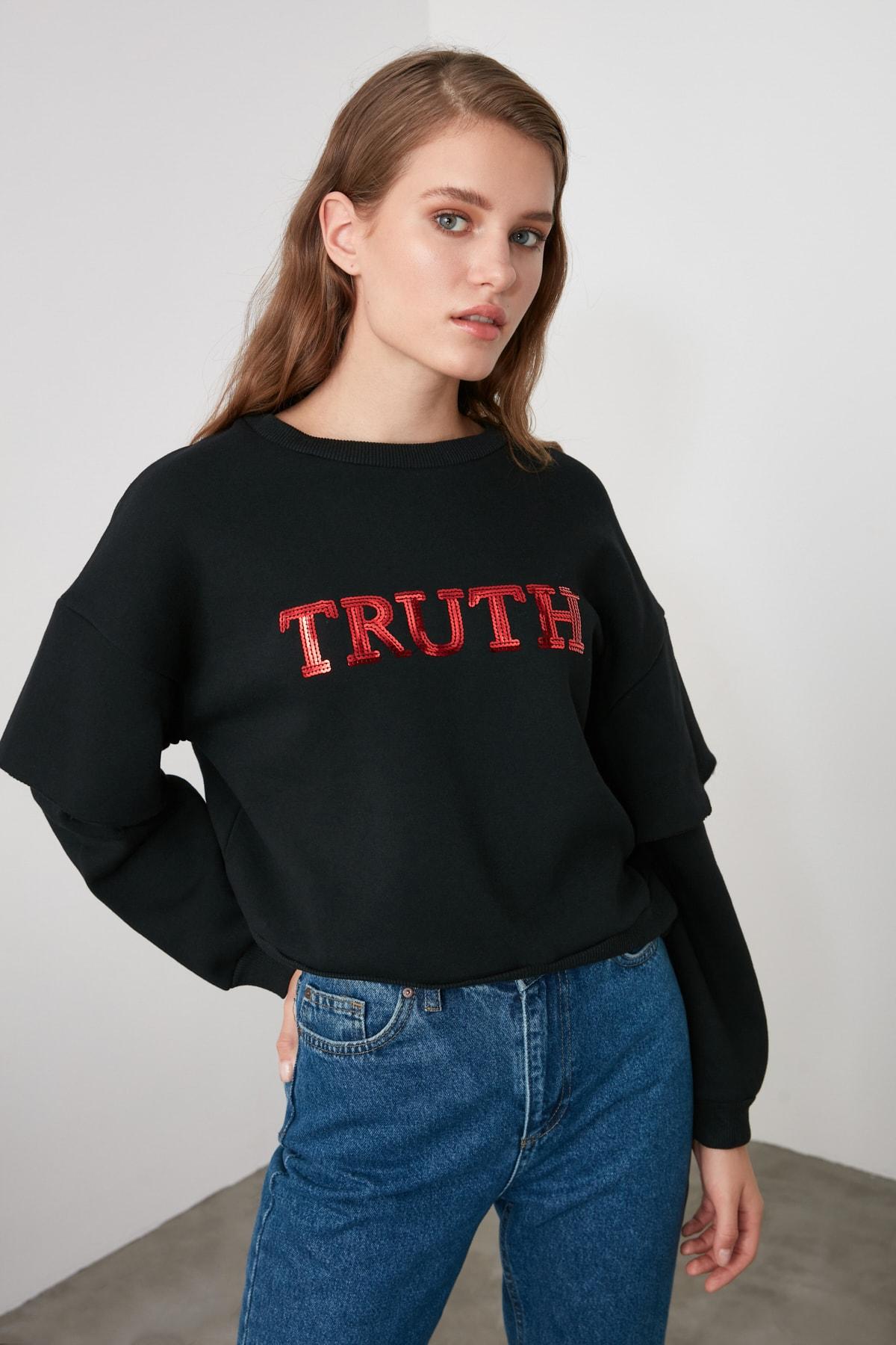 TRENDYOLMİLLA Siyah Kol Detaylı Payetli Basic Örme Sweatshirt TWOAW21SW0063 1