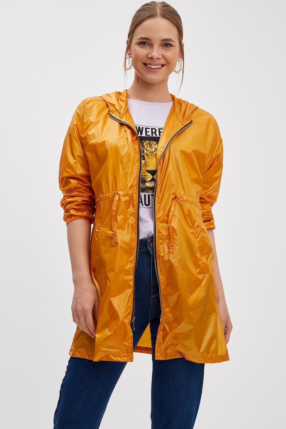DeFacto Kadın Sarı Kapüşonlu Yağmurluk L1666AZ.19SP.YL276