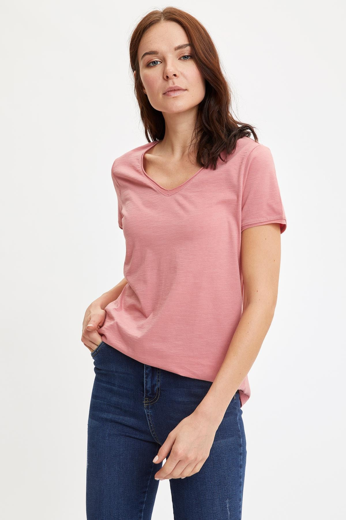 DeFacto Kadın Bordo V Yakalı Kısa Kollu T-Shirt K1507AZ.20SP.BR96