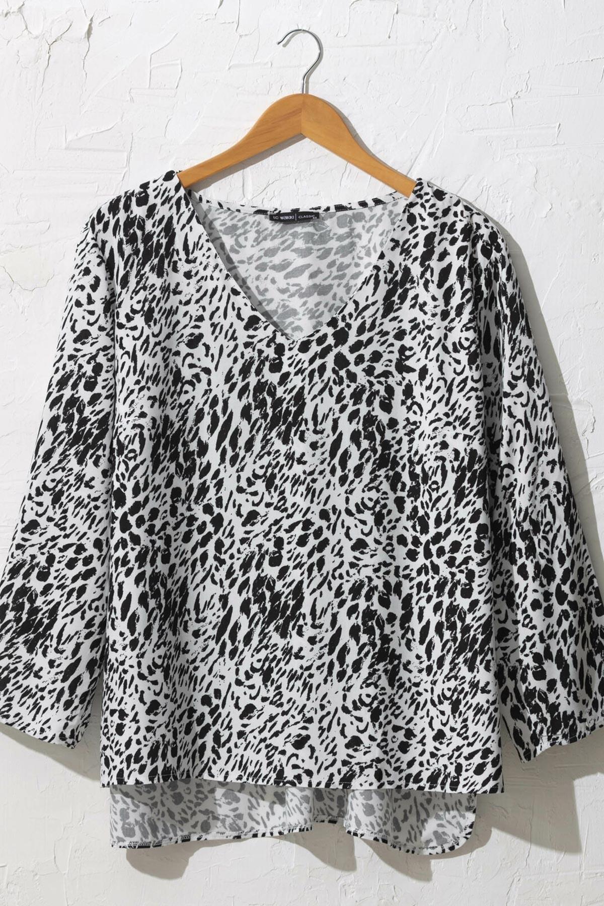 LC Waikiki Kadın Siyah Baskılı Bluz 0WDK76Z8 1