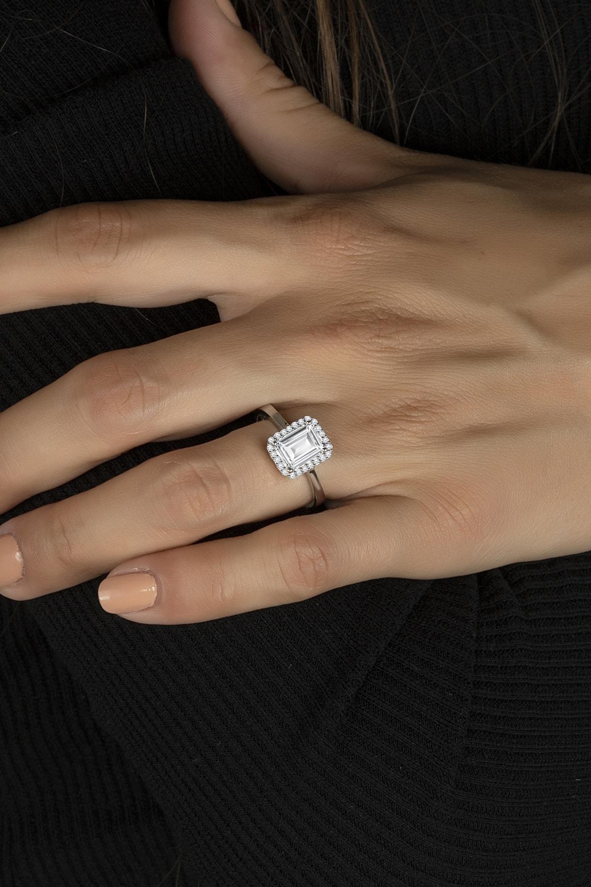 Else Silver Baget Taşlı Özel Tasarım Tek Taş Gümüş Bayan Yüzüğü 1