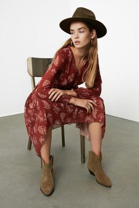 TRENDYOLMİLLA Kahverengi Gipe Detaylı Desenli Elbise TWOAW21EL0996