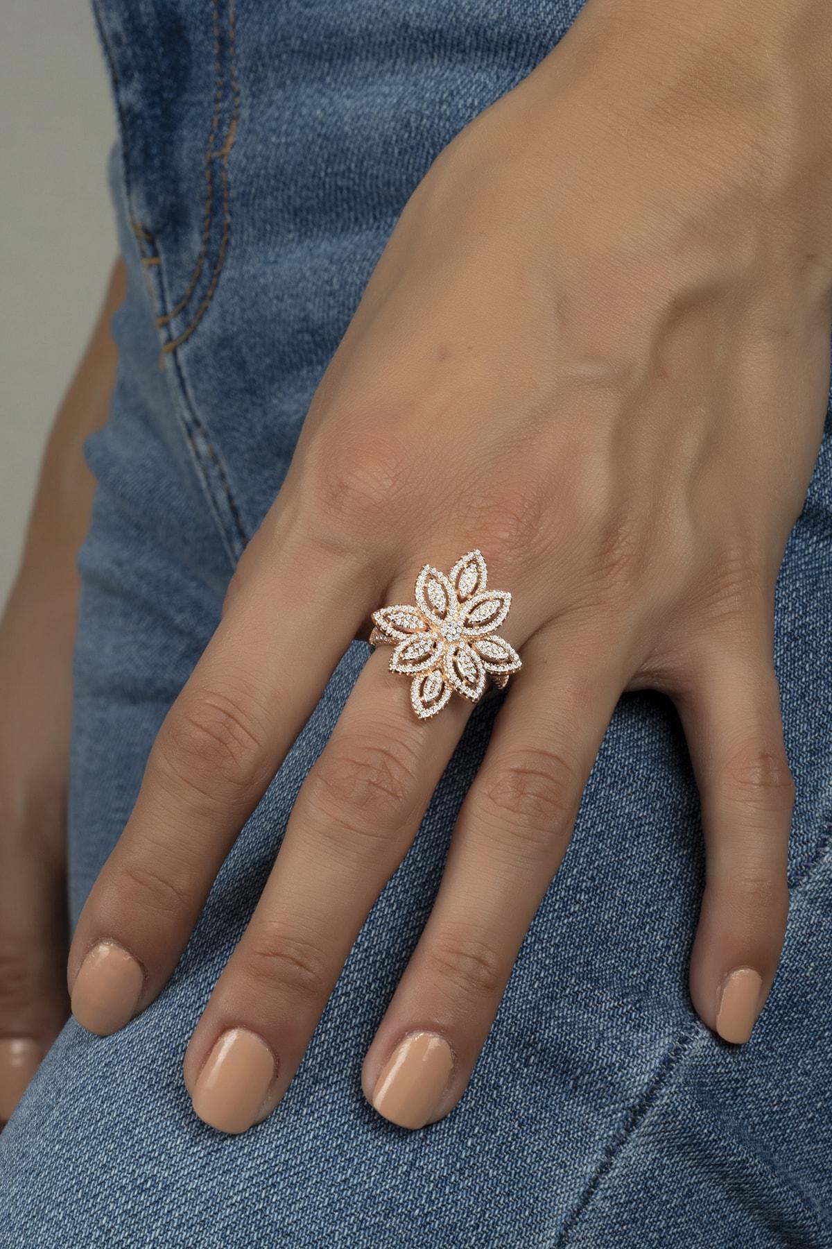 Else Silver Mikro Taşlı Umut Çiçeği Gümüş Bayan Yüzüğü 1
