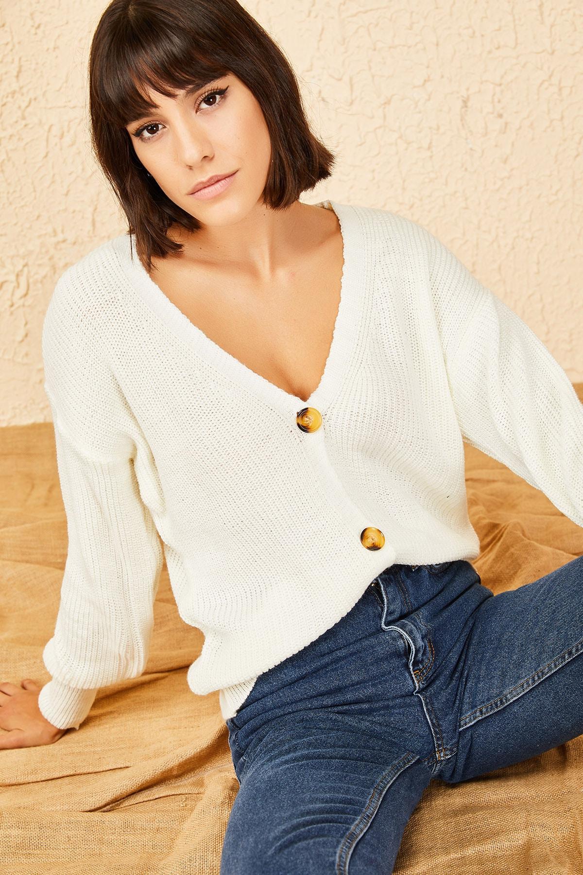 Bianco Lucci Kadın Beyaz 3 Düğmeli V Yaka Triko Hırka 1
