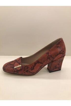 İnci Kadın Kırmızı Topuklu Yılan Derisi Görünümlü Topuklu Ayakkabı