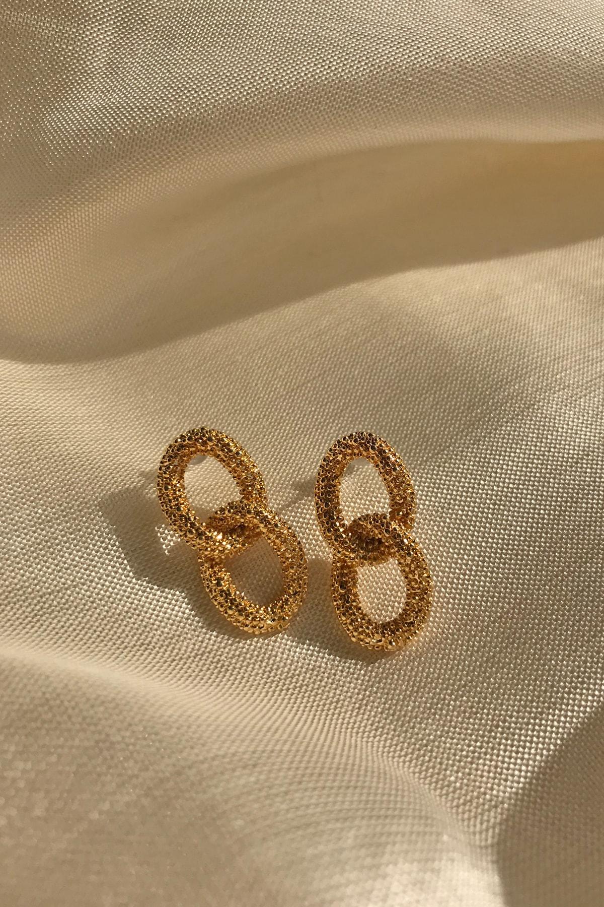 Bade Takı Kadın Altın Rengi Burgu Küpe 1
