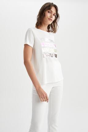 DeFacto Kadın Ekru Varak Slogan Baskılı Kısa Kollu Relax Fit T-Shirt