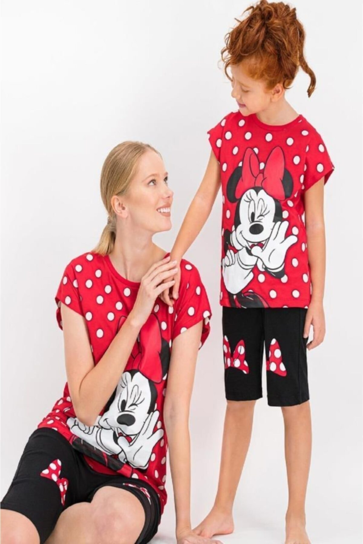 Mickey & Minnie Mouse Minnie Mouse Lisanslı Kırmızı Kız Çocuk Kapri Takım 2