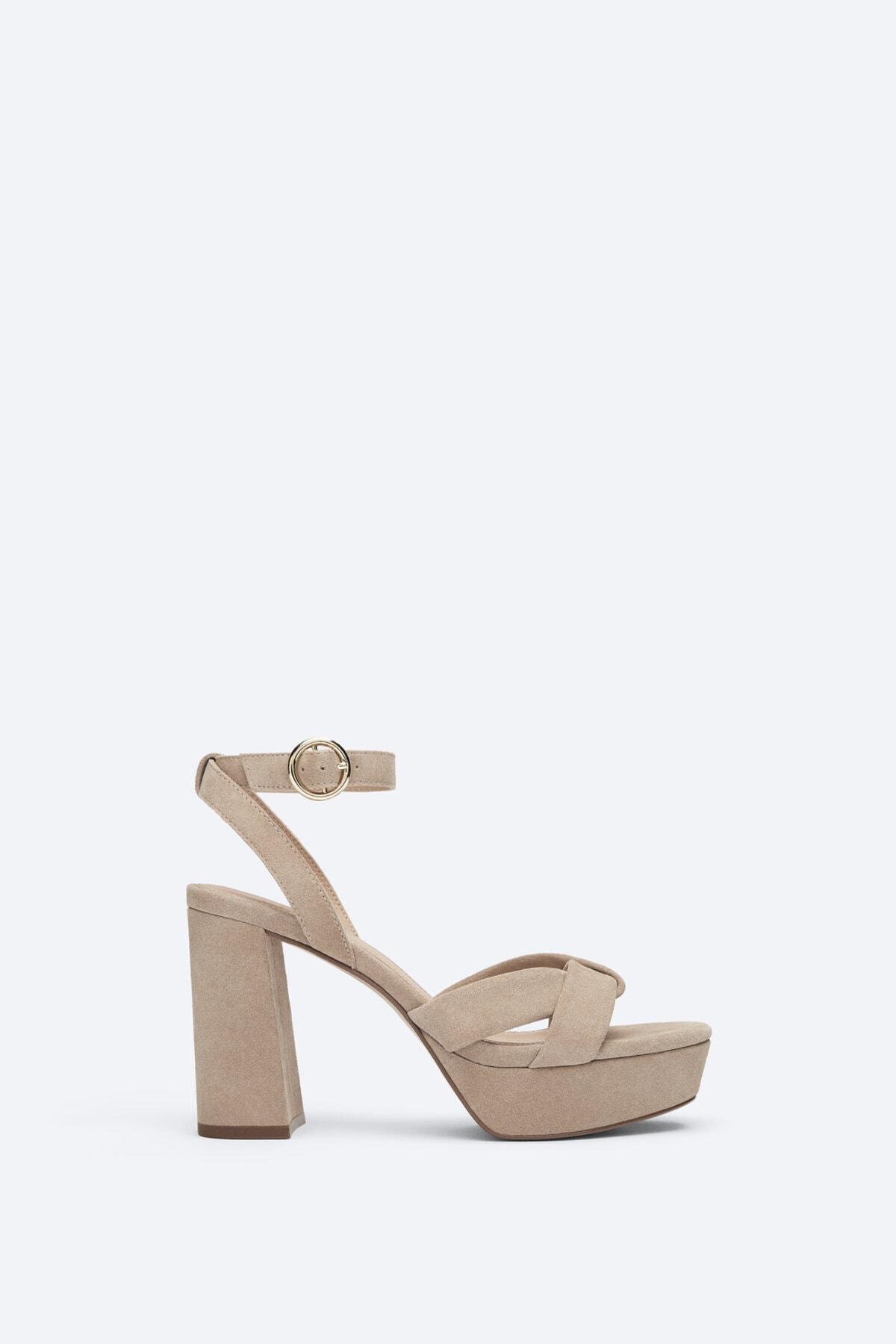 Uterqüe Kadın Kırık Beyaz Suede Platform Sandals 15524580