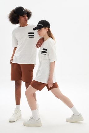 TRENDYOL MAN Beyaz Unisex Oversize T-Shirt TMNSS21TS3340