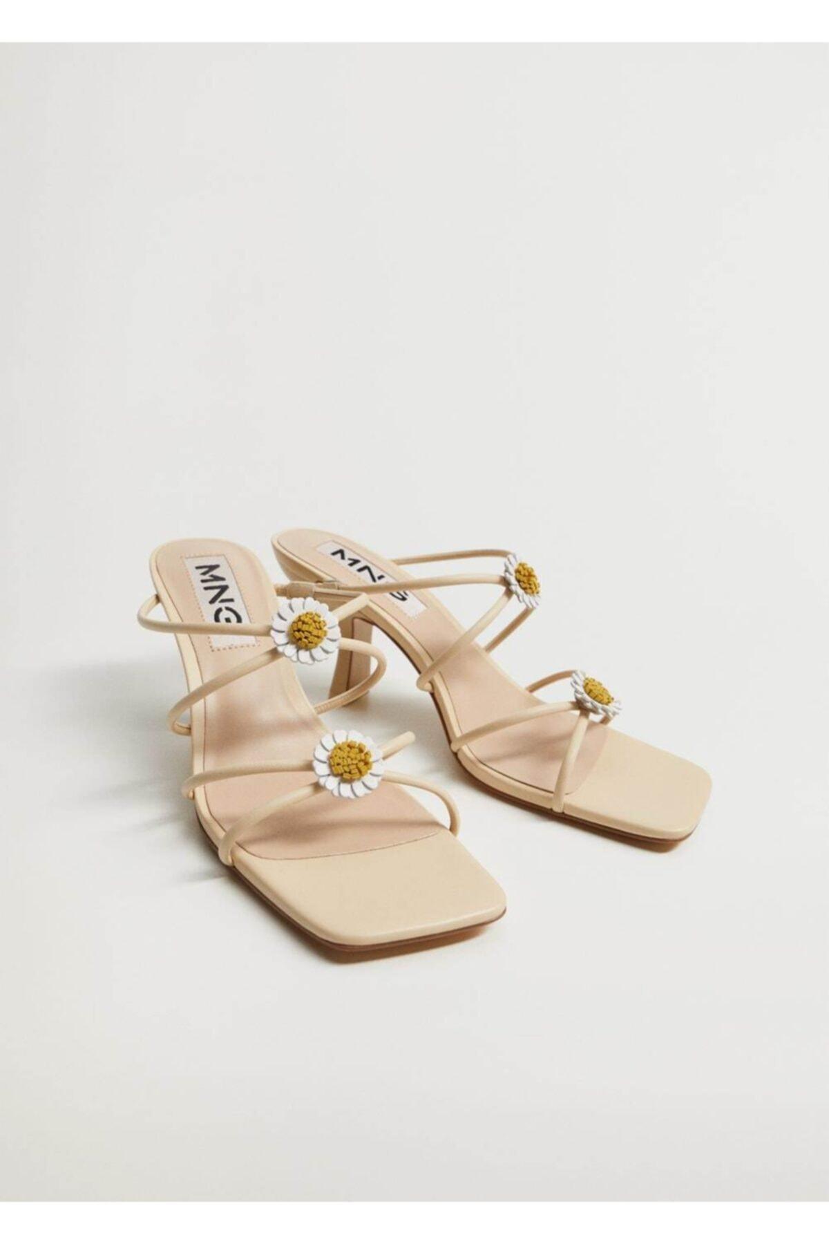 MANGO Woman Kadın Bej Topukları Çiçekli Deri Sandalet 1