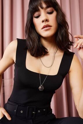 TrendNera Kadın Siyah Kalın Askılı Kare Yaka Crop Bluz