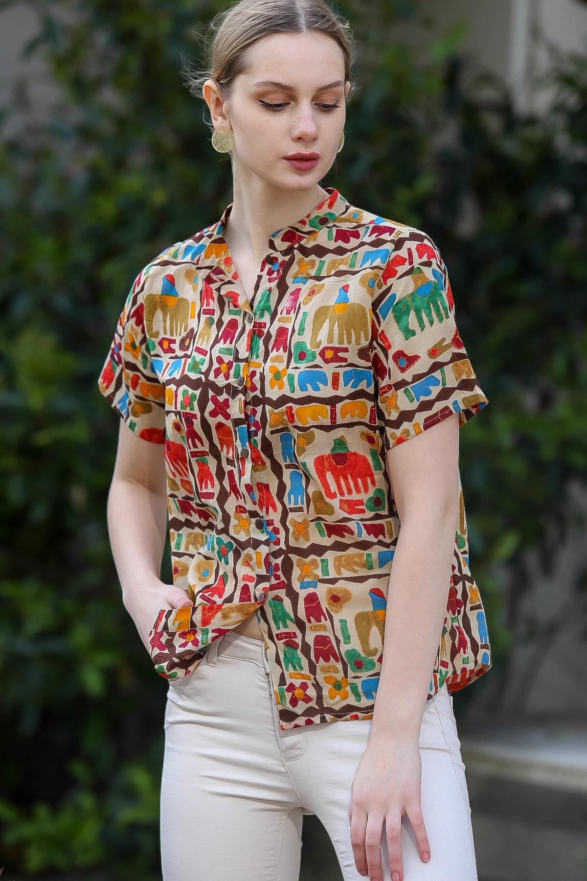 Chiccy Kadın Bej Yakasız Düğme Detaylı Fil Desenli Dokuma Bluz M10010200BL95376