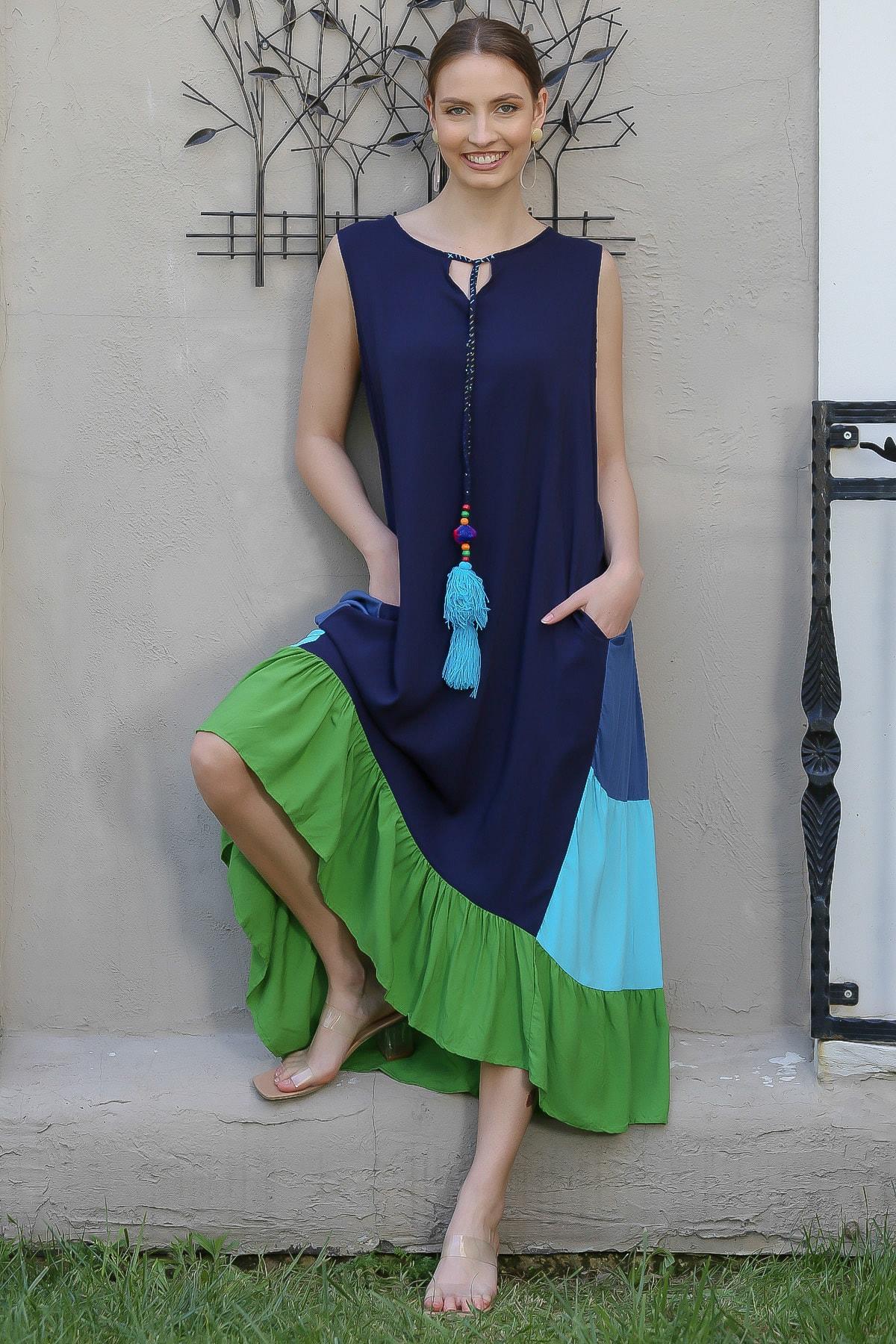 Chiccy Kadın Lacivert Yakası Bağlamalı Püsküllü Bloklu Fırfırlı Salaş Dokuma Elbise M10160000EL94910