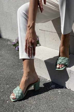 İnan Ayakkabı Kadın Yeşil Örgü Detaylı Terlik