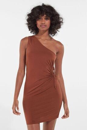 Bershka Kadın Kahverengi Pencere Detaylı Asimetrik Yaka Elbise