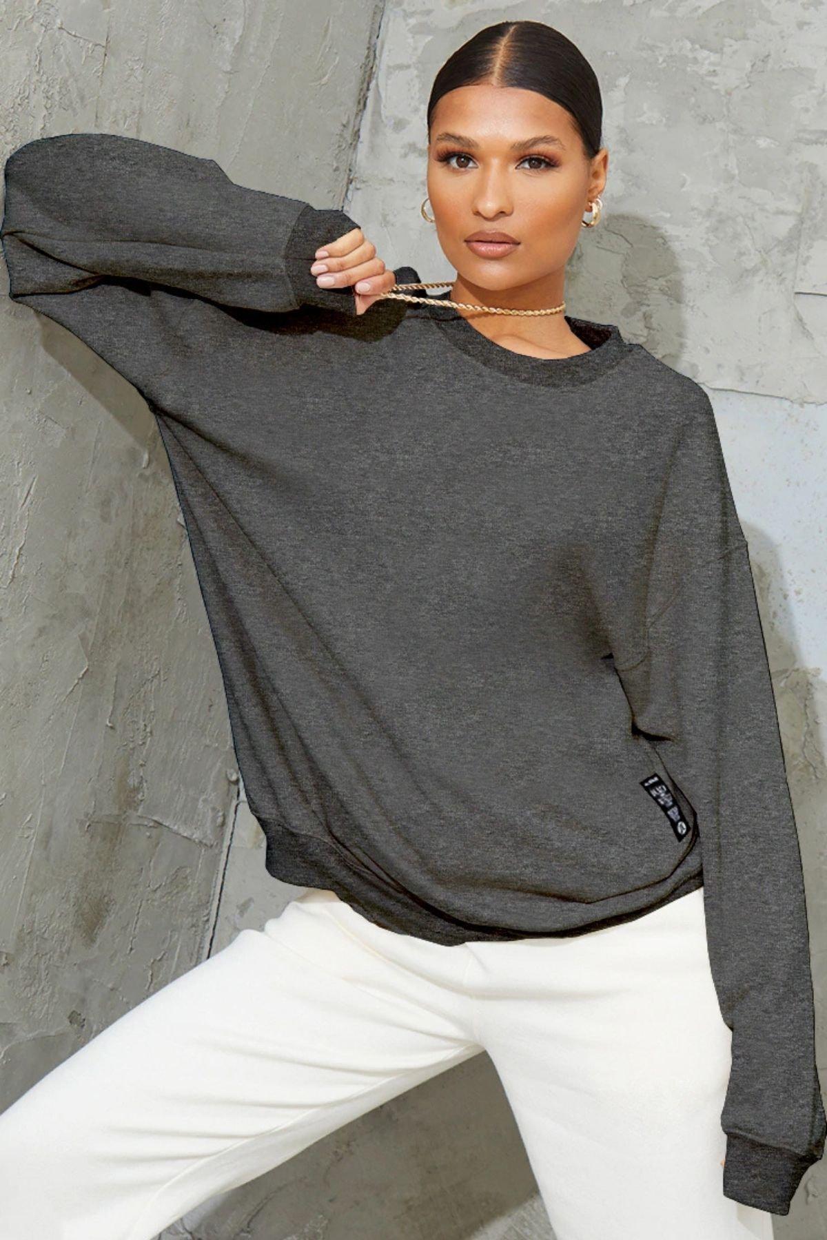 Millionaire Kadın Antrasit Basic 0 Sıfır Yaka Baskısız Düz Oversize Salaş Bol Kesim Polar Sweatshirt 1