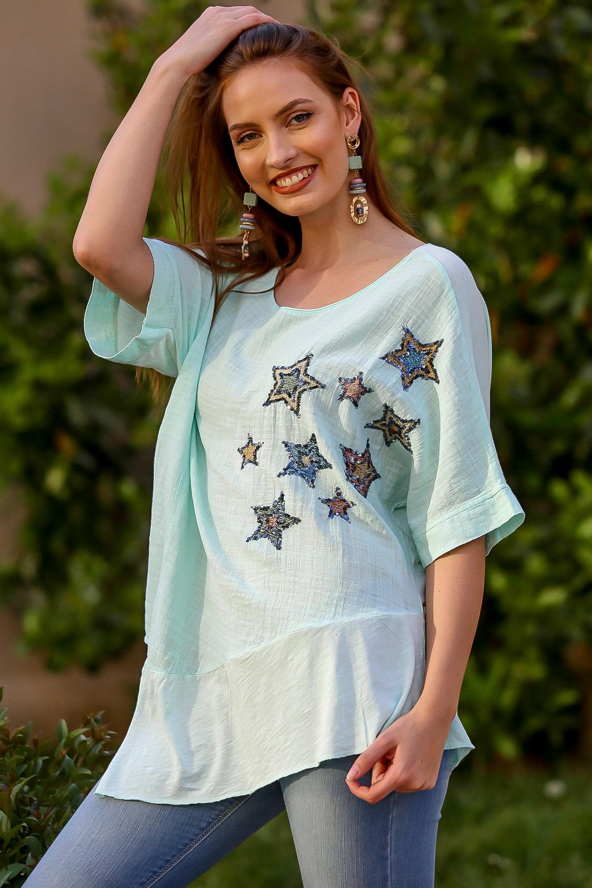 Chiccy Kadın Su Yeşili Kayık Yaka Yıldız Nakışlı Pullu Oversize Dokuma Bluz M10010200BL95336