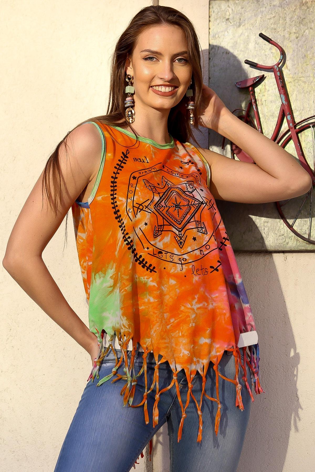 Chiccy Kadın Turuncu Batik Bohem Baskılı Etek Ucu Saçaklı Yıkamalı Kolsuz T-Shirt M10010300TS98228