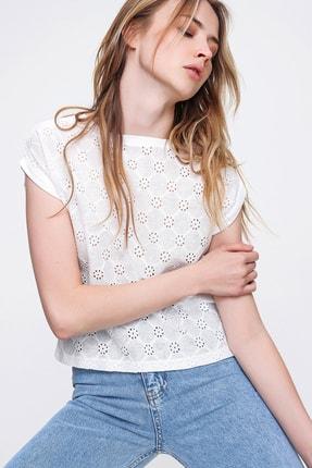 Trend Alaçatı Stili Kadın Beyaz Güpür Fisto Dokuma Bluz ALC-X6408