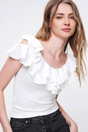 Trend Alaçatı Stili Kadın Beyaz Yakası Volanlı Crpe Örme Bluz ALC-X6336