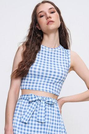 Trend Alaçatı Stili Kadın Mavi Ekose Desenli Bluz ALC-X6415