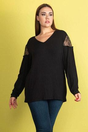 Şans Kadın Siyah Dantel Detaylı Omuz Büzgülü Viskon Bluz 65N24546